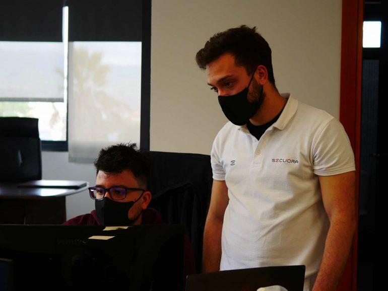 Aitor del Castillo (Secuora) en las Jornadas de Ciberseguridad del CIFP César Manrique